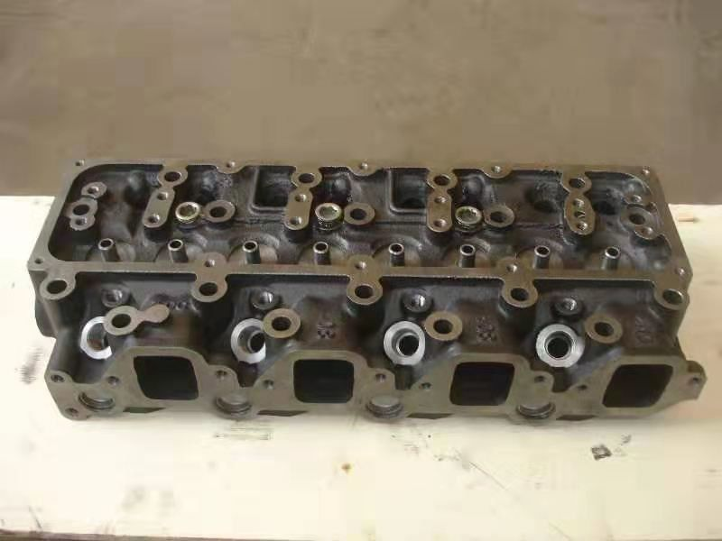Diesel engine Nissan QD32 Cylinder head bare cylinder head OEM 11039 VH002 good price high quality diesel engine Nissan